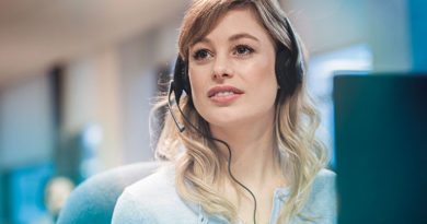 Jabra BIZ 1500 Headset Gives You Premium Features on a Budget